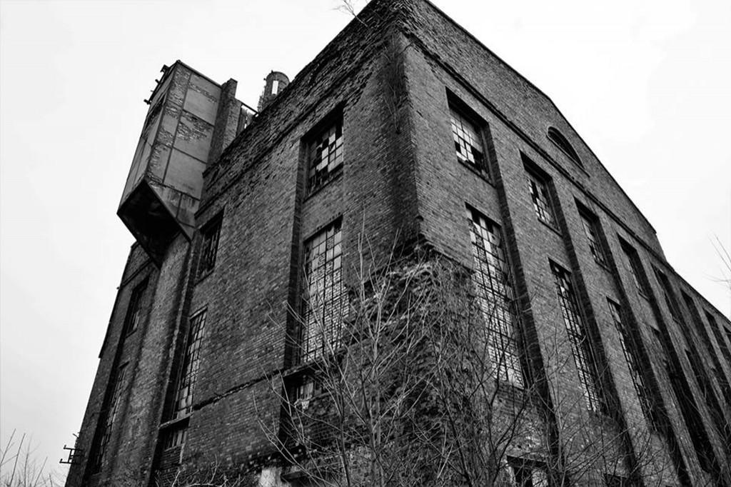 Stara elektrownia na Radziwiu - Zdjęcie główne