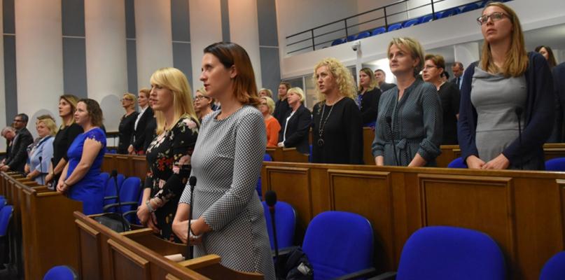 Awanse dla płockich nauczycieli [FOTO] - Zdjęcie główne