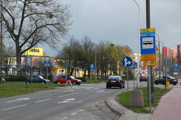 Zamykają przejazd obok dworca na Chopina - Zdjęcie główne