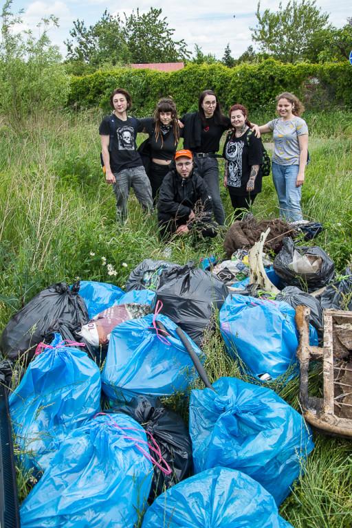 Śmieciobranie w Płocku. Im zależy na czystości - Zdjęcie główne