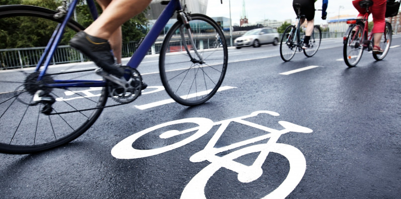 Wypadek z udziałem dwójki rowerzystów. Płocczanka w szpitalu - Zdjęcie główne