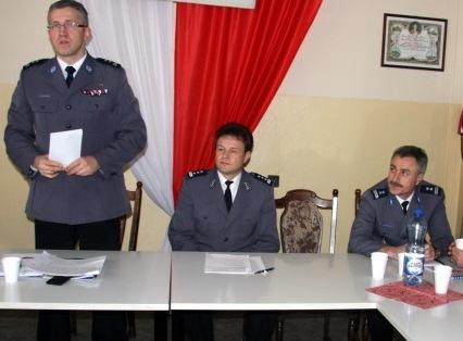W Płocku i powiecie brakuje 56 policjantów - Zdjęcie główne