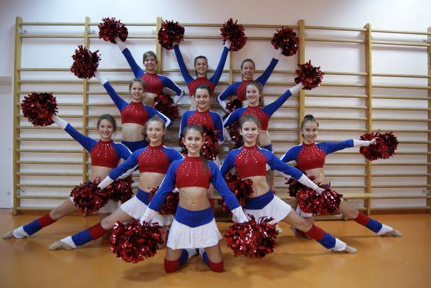 Świetny debiut młodych płockich tancerek - Zdjęcie główne
