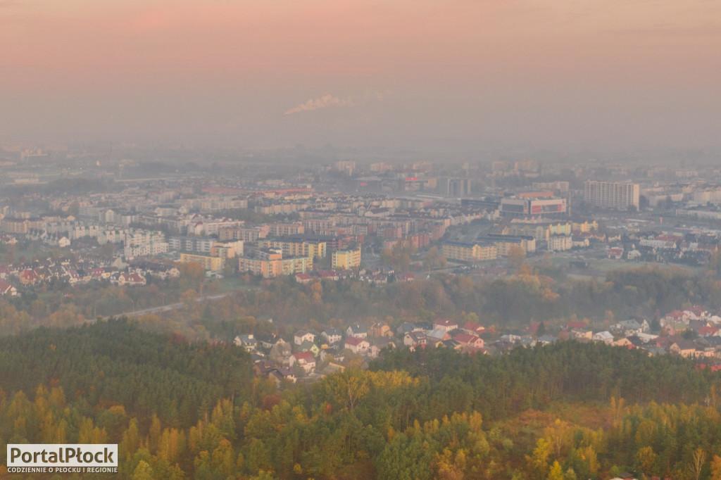 Badali jakość powietrza w Płocku przez ponad dwa lata. Jakie są wyniki? - Zdjęcie główne