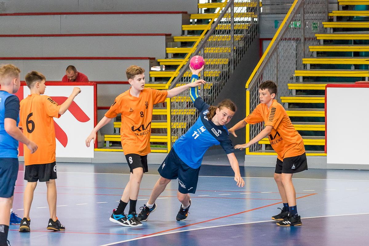 Trwa turniej KIA MUKS Cup Płock 2021. Zobaczcie zdjęcia z derbów Płocka [ZDJĘCIA] - Zdjęcie główne