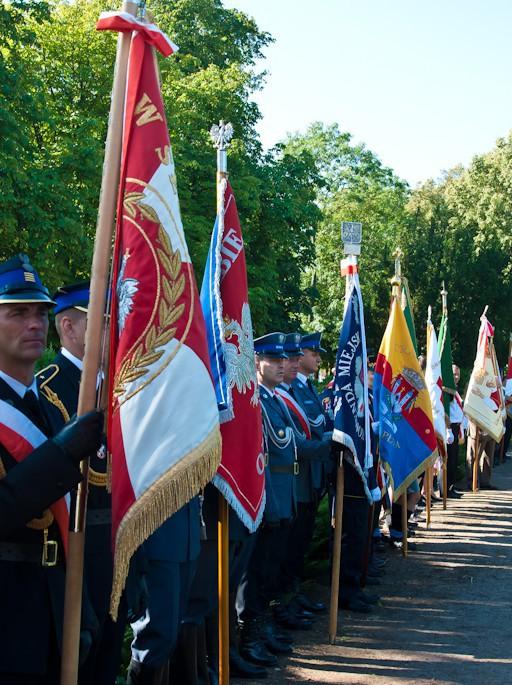 Uroczystości pod pomnikiem Piłsudskiego - Zdjęcie główne