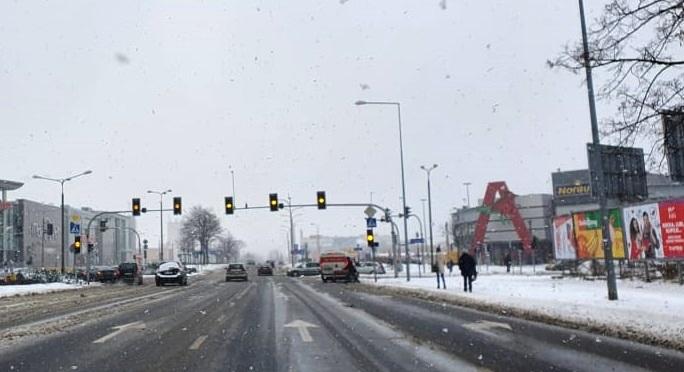 Uwaga na drodze! Awaria sygnalizacji świetlnej na Podolszycach - Zdjęcie główne