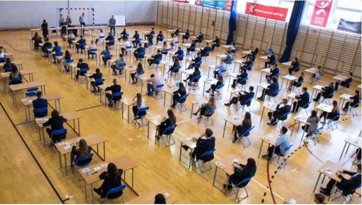 Rusza egzamin ósmoklasisty. Najważniejsze: poradzić sobie ze stresem - Zdjęcie główne