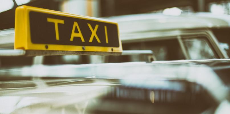 Nowe ceny i podział miasta na strefy sposobem na likwidację nieuczciwych taksówkarzy? - Zdjęcie główne