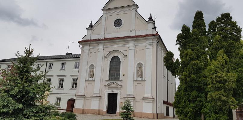 Znów wezwano policję do płockiego kościoła  - Zdjęcie główne