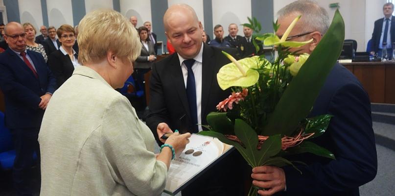 Ma już Order Uśmiechu. Dostała medal przyznawany zasłużonym płocczanom [FOTO] - Zdjęcie główne