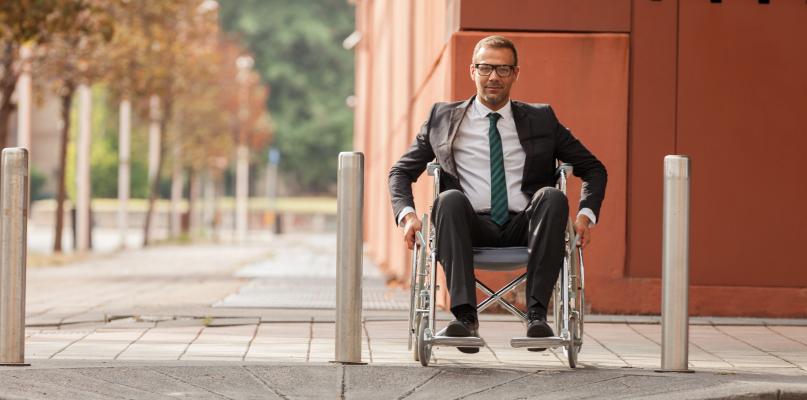 W Płocku jest ok. 10 tys. niepełnosprawnych. Jak im pomóc? - Zdjęcie główne