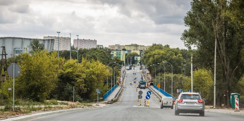 Gigantyczne korki w centrum, choć droga jest już przejezdna - Zdjęcie główne