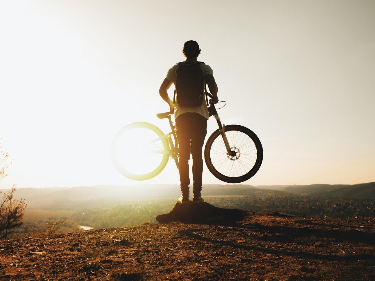 Poznaj największe zalety płynące z jazdy na rowerze! - Zdjęcie główne