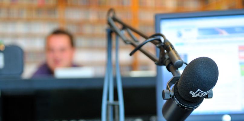 Możemy już posłuchać kolejnej stacji radiowej - Zdjęcie główne