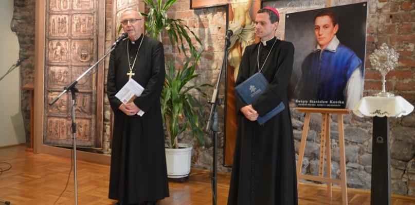Biskup odchodzi do klasztoru. - Mój pobyt nabiera charakteru pokutnego - Zdjęcie główne