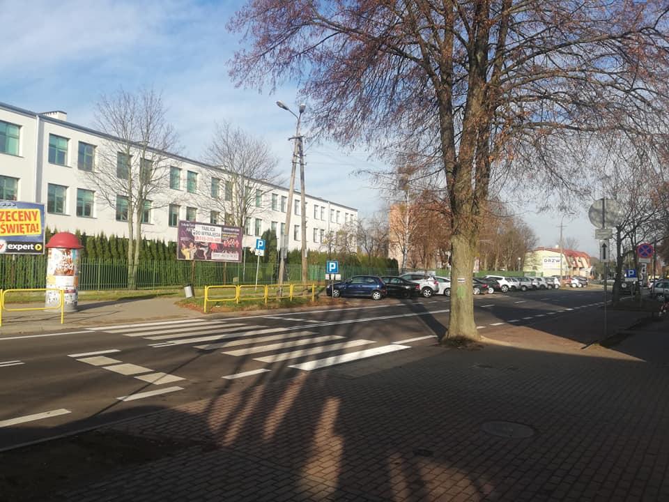 Pieniądze na nowe boisko wielofunkcyjne i szpital - Zdjęcie główne