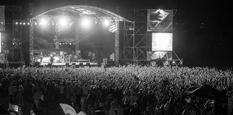 Fani hip-hopu opanowali płocką plażę - Zdjęcie główne