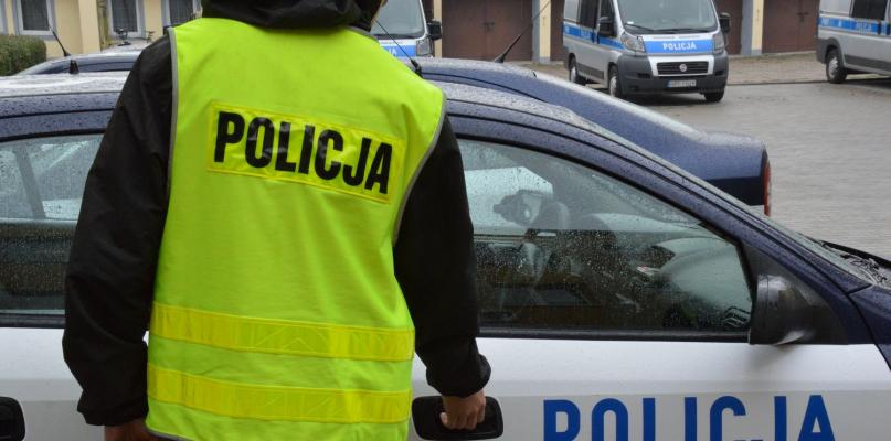 Policja raportuje: wybita szyba, nietrzeźwi i liczne kolizje - Zdjęcie główne