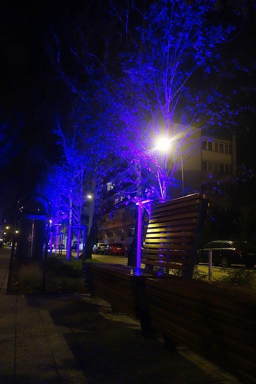 Iluminacja przy wieży ciśnień - Zdjęcie główne
