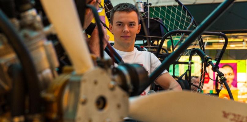 Student płockiej politechniki konstruując, podbija Europę i świat. Teraz pisze o tym pracę inżynierską - Zdjęcie główne