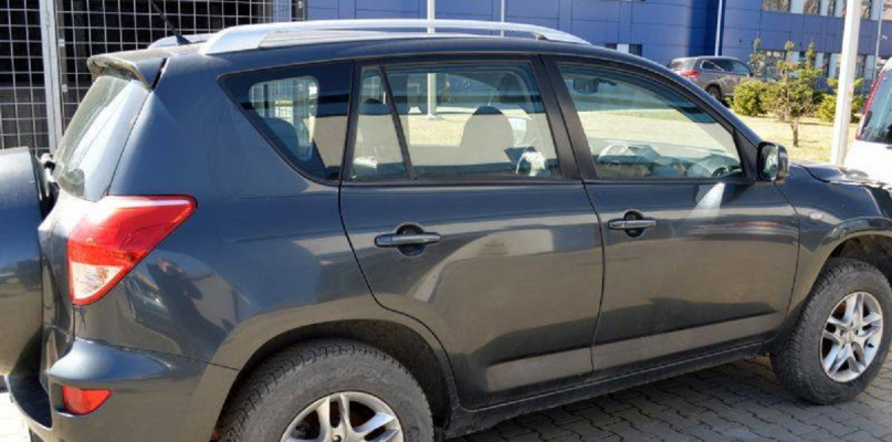 Płocka policja odzyskała skradzione auto [FOTO] - Zdjęcie główne