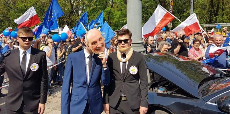 Płocczanie pojechali do Warszawy na Marsz Wolności [FOTO] - Zdjęcie główne