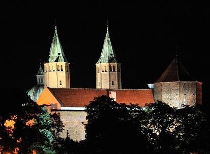 Katedra ma 870 lat. Dziś jej urodziny - Zdjęcie główne