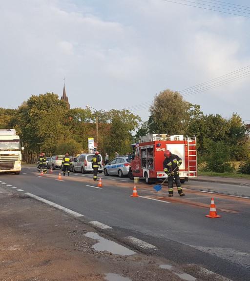 Zderzenie czterech aut w Płocku - Zdjęcie główne