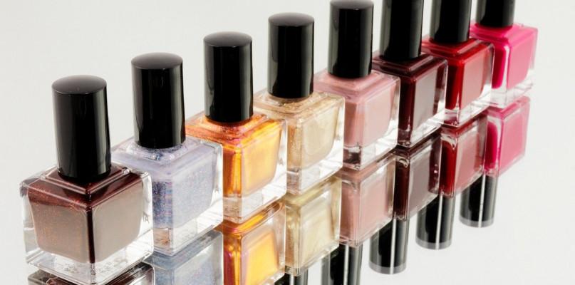 Dlaczego etykiety samoprzylepne idealnie pasują do kosmetyków? - Zdjęcie główne