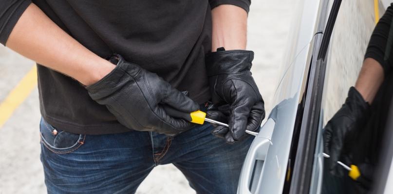 Kierowco, sprawdź, czy zamknąłeś auto. Nie kuś złodzieja - Zdjęcie główne