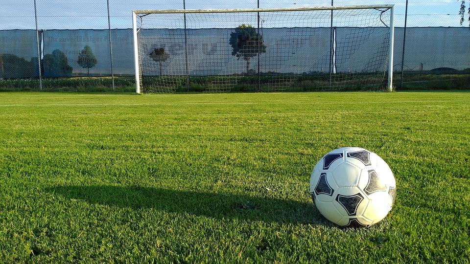 Ogromna zmiana w grze FIFA. Meczów nie skomentuje już Dariusz Szpakowski! - Zdjęcie główne