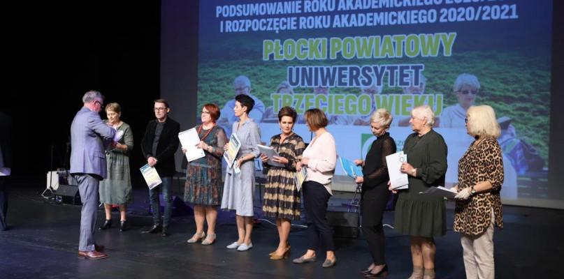 Inauguracja nowego roku akademickiego na Płockim Powiatowym Uniwersytecie Trzeciego Wieku - Zdjęcie główne