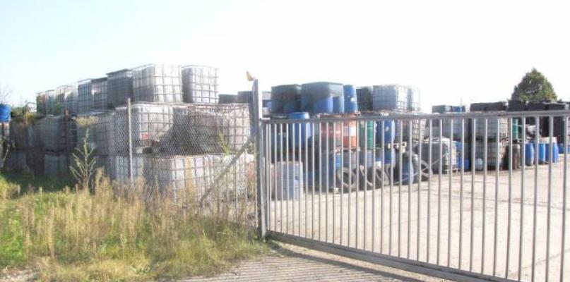 Niespełna 30 km od Płocka tyka toksyczna bomba  - Zdjęcie główne