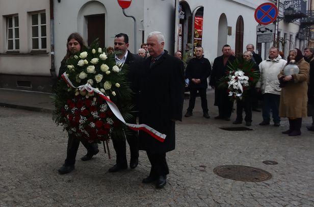 Iwaniak: rocznica katastrofy, nie zamachu - Zdjęcie główne
