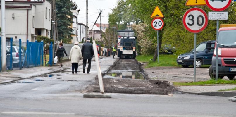 Rozpoczęły się prace na tej niewielkiej ulicy - Zdjęcie główne