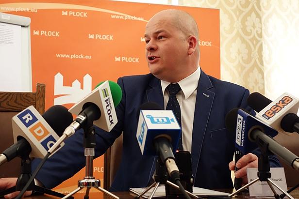 Prezydent ostro o Orlenie: Pozory współpracy - Zdjęcie główne