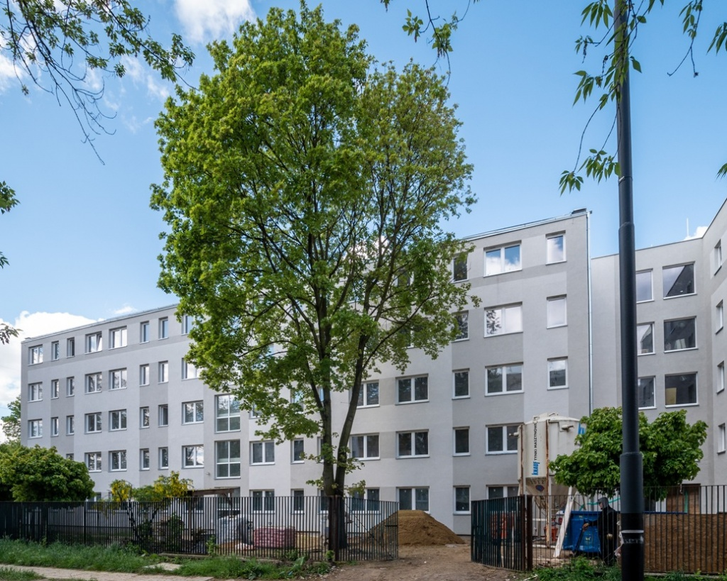 Miasto buduje 52 nowe mieszkania komunalne. Jaka wysokość czynszu? [ZDJĘCIA] - Zdjęcie główne
