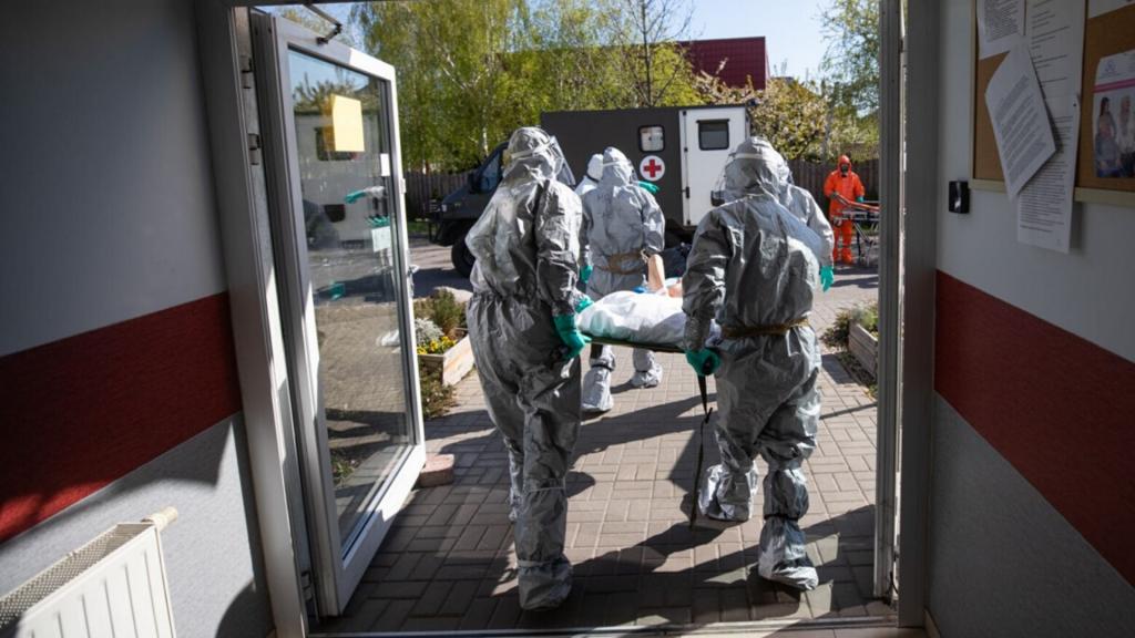 382 kolejnych przypadków koronawirusa w Polsce. W Łódzkiem jeden zgon i tylko 10 nowych zakażeń [RAPORT DZIENNY] - Zdjęcie główne