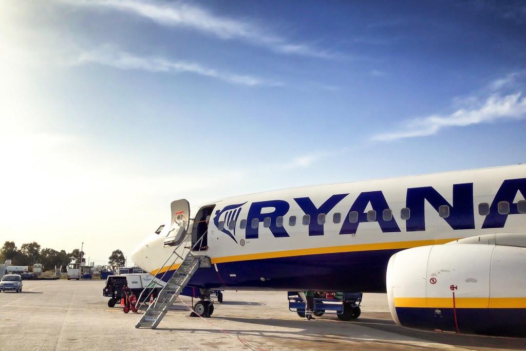 Ryanair wznawia wszystkie połączenia z Łodzi. Sprawdź szczegóły [LISTA] - Zdjęcie główne