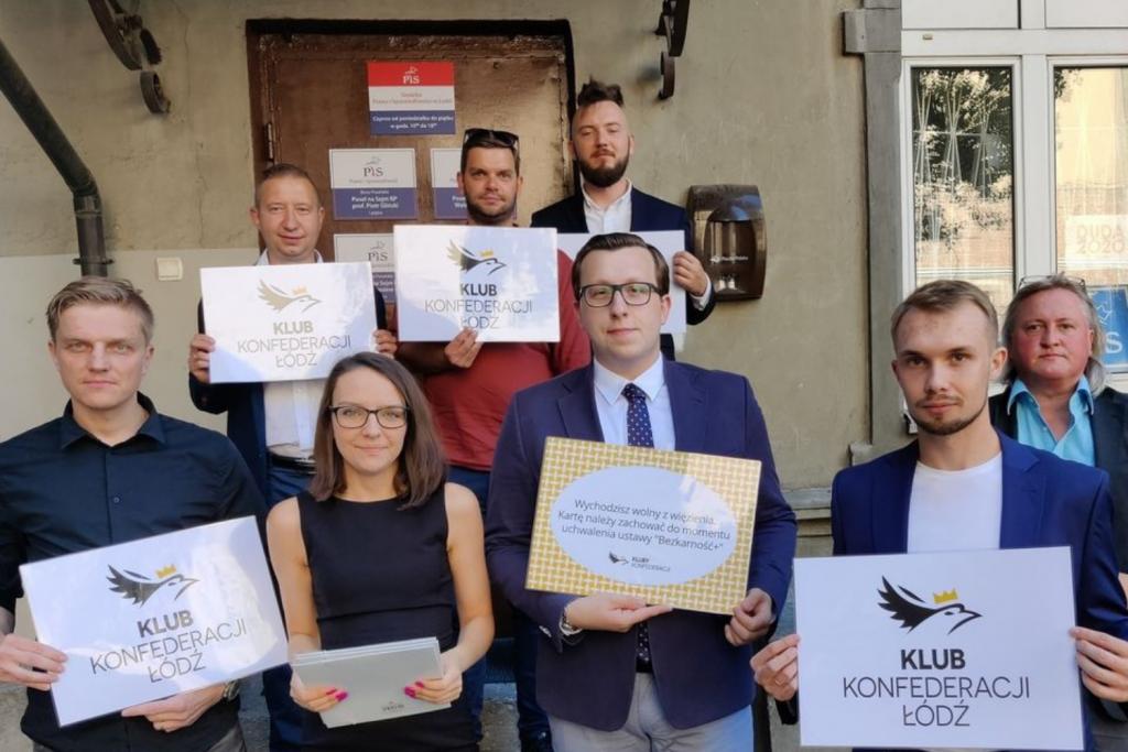 """""""Wychodzisz wolny z więzienia"""" – Konfederacja i KO krytykują ustawę PiS o niekaralności urzędników - Zdjęcie główne"""