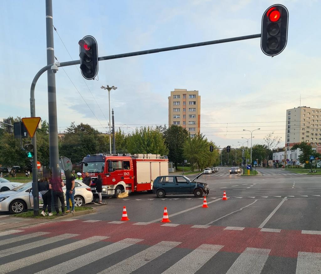 Wypadek Łódź. Potrącony motocyklista trafił do szpitala - Zdjęcie główne