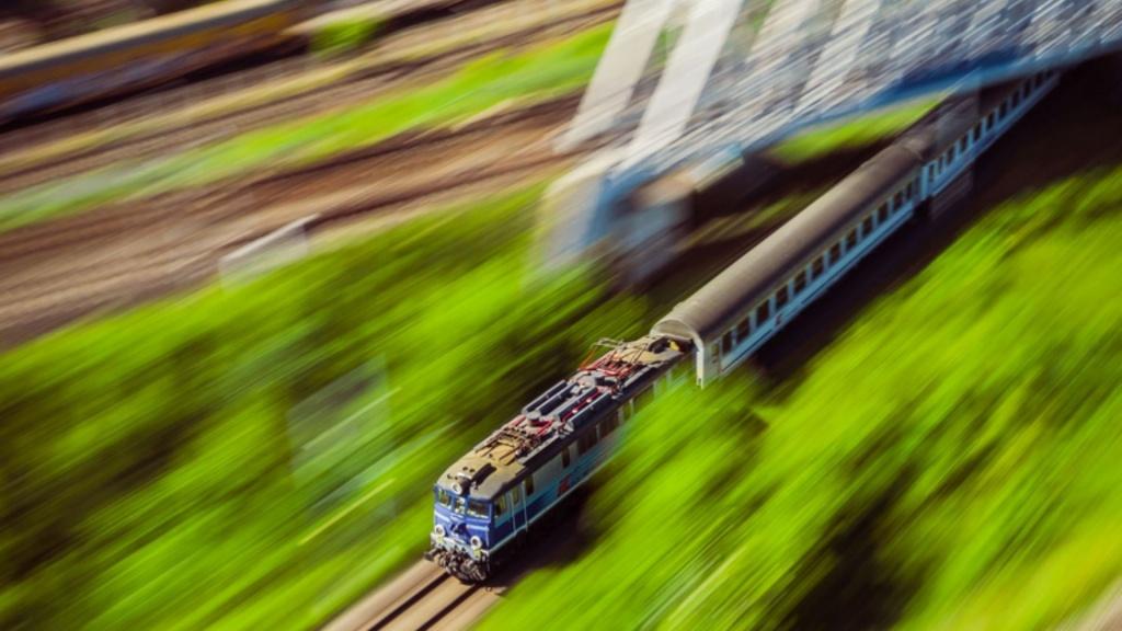 PKP Intercity przywraca część połączeń z Łodzi. Zakup biletów tylko na 50% miejsc [SPIS POŁĄCZEŃ] - Zdjęcie główne