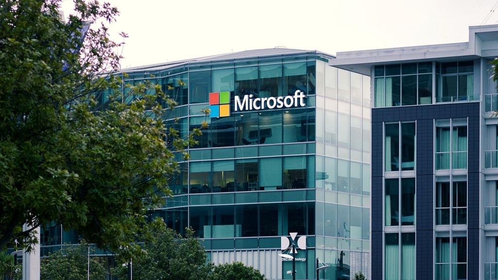 Microsoft uruchomi w Polsce centrum danych dla platformy chmurowej. Czy Łódź ma szansę? - Zdjęcie główne