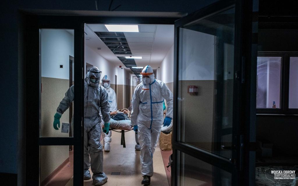 Kolejna ofiara koronawirusa w Łodzi. Zmarł 79-letni mężczyzna - Zdjęcie główne