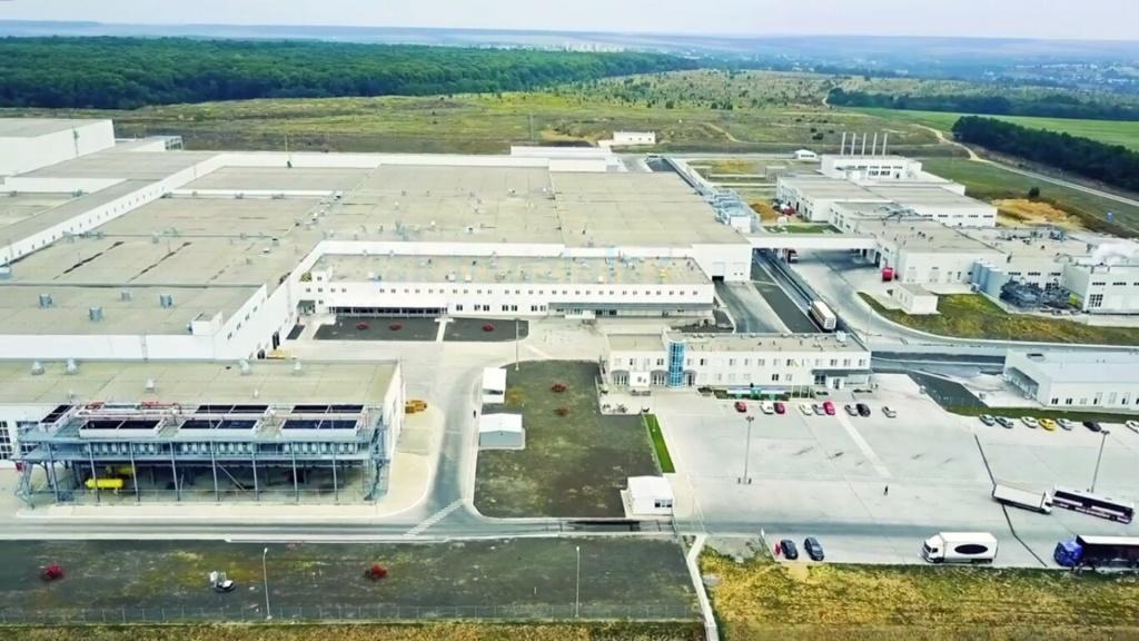 Samsung pomógł firmie Ptak uruchomić największą w Europie fabrykę maseczek - Zdjęcie główne