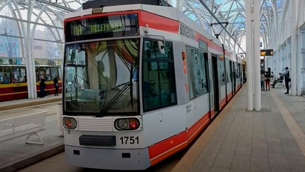 Reportaż TVP zasiał niepokój wśród łódzkich pasażerów MPK korzystających z tramwajów NF6D - Zdjęcie główne