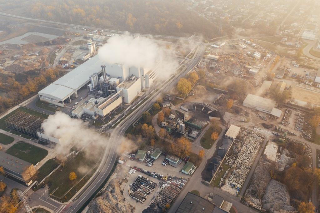 Stan powietrza w Łodzi. Jakie informacje dają stacje pomiarowe? [ANALIZA POWIETRZA OD POCZĄTKU ROKU] - Zdjęcie główne