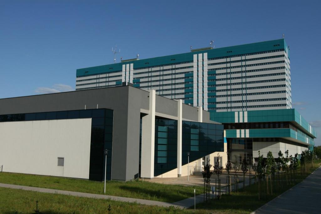 Dzieci z chore na białaczkę skorzystają z nowoczesnej metody leczenia. Uniwersytet Medyczny w Łodzi liderem wśród placówek wdrażających terapię - Zdjęcie główne