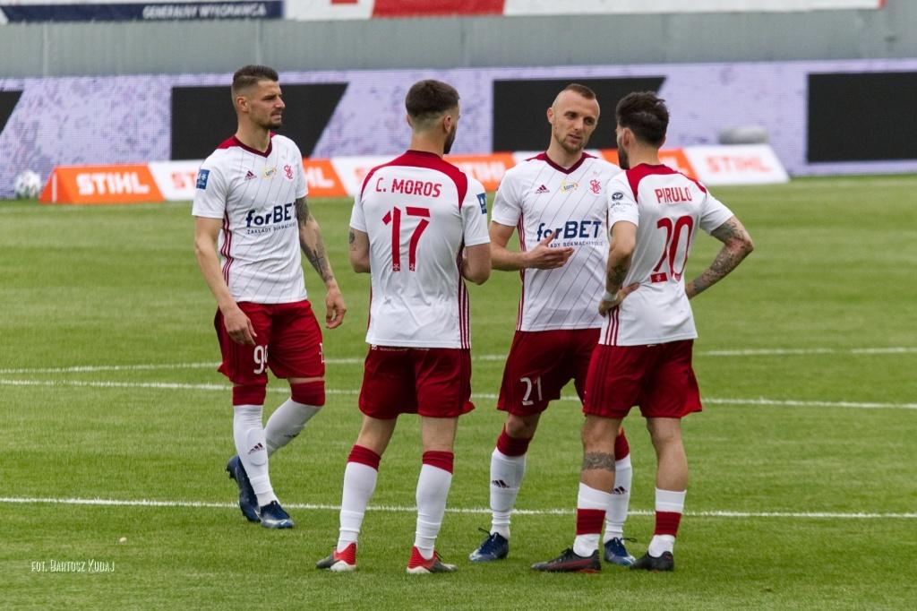 Ile zarobił ŁKS na grze w Ekstraklasie? - Zdjęcie główne